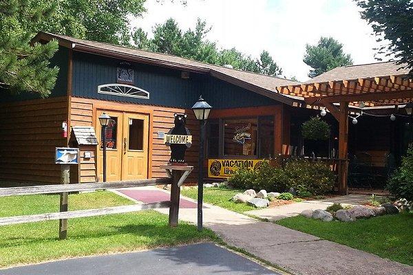 lodge-entrance-2014.jpg